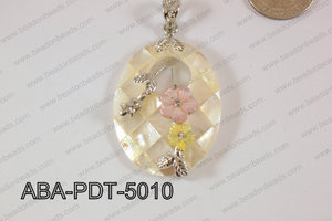 Abalone Pendant White Lip Oval with flower 35x50mm ABA-PDT-5010