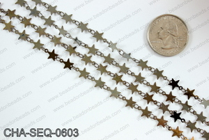 Star sequin chain 6mm, gunmetal CHA-SEQ-0603