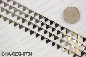 Dangle triangle sequin chain 6x7mm, gunmetal CHA-SEQ-0704