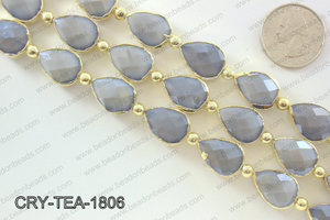 Teardrop grey crystal with Gold bezel 13x18mmCRY-TEA-1806