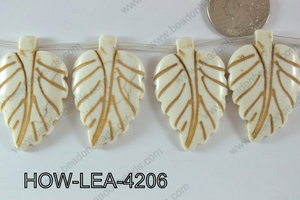 Howlite Leaf 42x27mm HOW-LEA-4206
