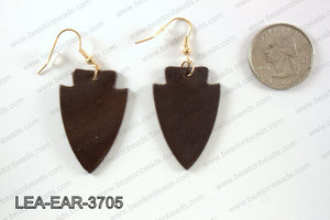 Leather arrow earrings 37x24mm LEA-EAR-3705