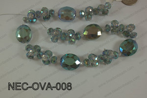 Necklace with oval crystals green NEC-OVA-008