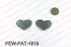 Heart connector with turquoise patina coating 28x47mm PEW-PAT-18