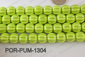 Porcelain Pumpkin 12x13mm green POR-PUM-1304