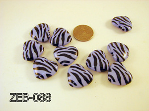Zebra Bead Heart 32x36mm  ( Lavender Gray / Black ) ZEB-088