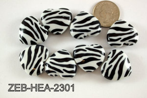 Zebra Bead Heart 23x26mm 500 Gram Bag Black/White ZEB-HEA-2301