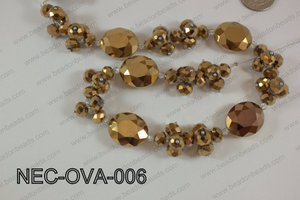 Necklace with oval crystals brown  NEC-OVA-006
